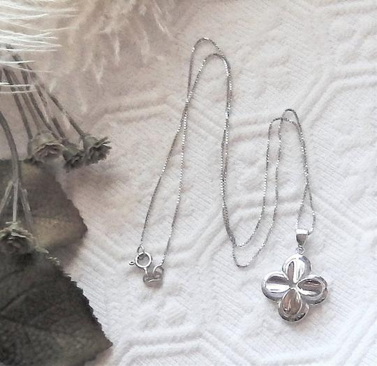 Unknown Signed Italian Sterling Silver 4 Leaf Clover Flower 18 Inch Box Chain Image 5