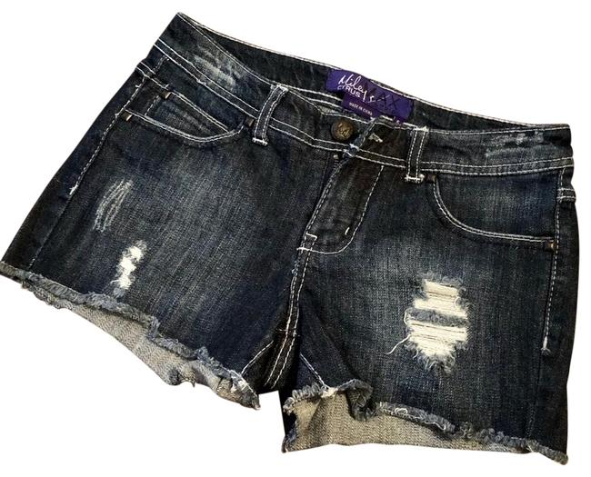 Preload https://img-static.tradesy.com/item/25588108/miley-cyrus-and-max-azria-denim-distressed-shorts-size-2-xs-26-0-1-650-650.jpg