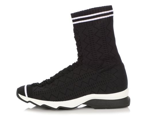 Preload https://img-static.tradesy.com/item/25588172/fendi-black-and-white-sock-sneakers-size-eu-36-approx-us-6-regular-m-b-0-0-540-540.jpg