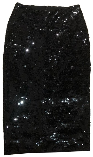 Preload https://img-static.tradesy.com/item/25588593/michael-kors-fitted-black-sequence-skirt-size-2-xs-26-0-1-650-650.jpg