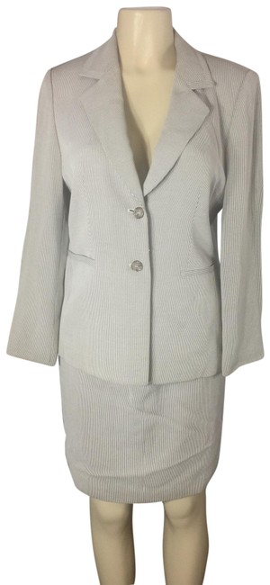 Talbots Gray Power Skirt Suit Size 8 (M) Talbots Gray Power Skirt Suit Size 8 (M) Image 1