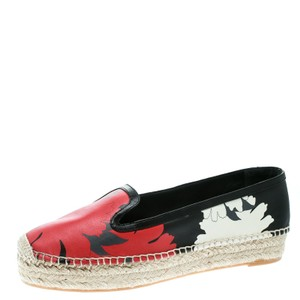 9cfdad64a Alexander McQueen Flats - Up to 70% off at Tradest