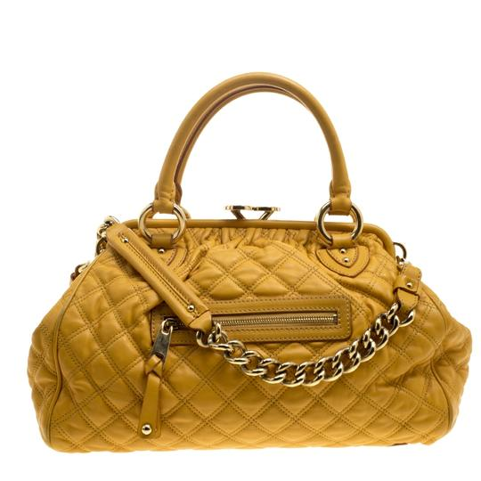 Preload https://img-static.tradesy.com/item/25590696/marc-jacobs-mustard-quilted-yellow-leather-satchel-0-0-540-540.jpg