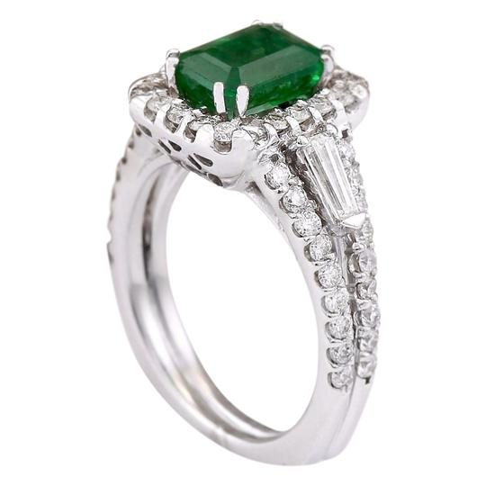 Fashion Strada 3.30 Ctw Natural Emerald and Diamond In 14k White Gold Ring Image 2