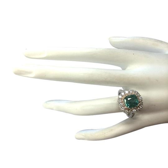 Fashion Strada Green 3.26 Carat Natural Emerald 14k Two Tone Gold Diamond Ring Image 3