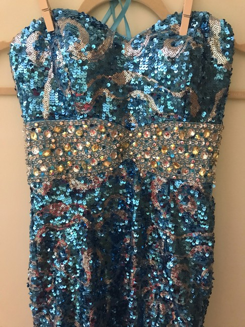 Night Moves Prom Collection Dress Image 2