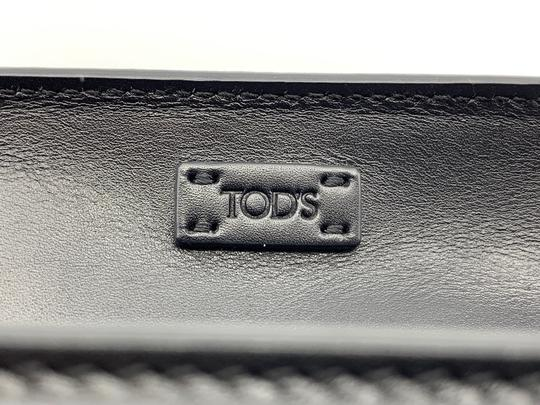 Tod's Tote in Black Image 5