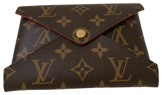 Preload https://img-static.tradesy.com/item/25592256/louis-vuitton-brown-kiragami-med-cosmetic-bag-0-1-540-540.jpg