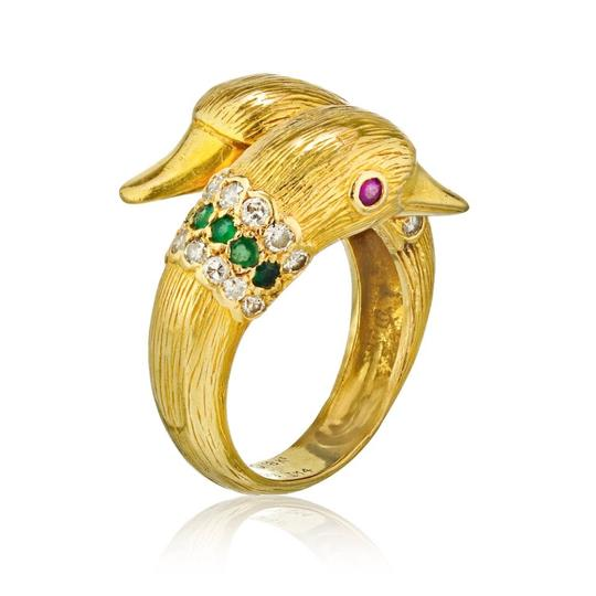 Preload https://img-static.tradesy.com/item/25592588/van-cleef-and-arpels-18k-yellow-gold-twin-duck-head-crossover-1960-s-ring-0-0-540-540.jpg