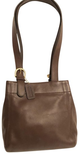 Preload https://img-static.tradesy.com/item/25592605/coach-vintage-brown-leather-tote-0-1-540-540.jpg