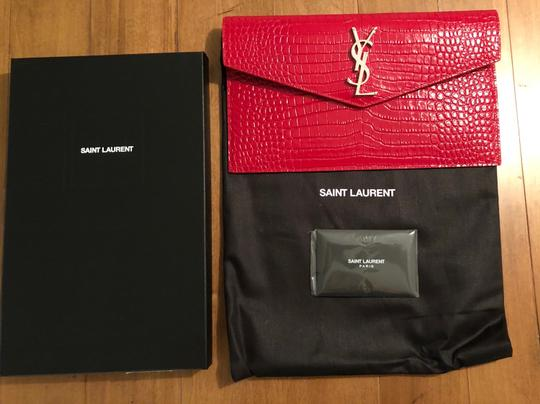 Saint Laurent Ysl Clutch Pouch Monogram Wristlet in red Image 4