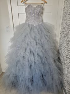 Silver Grey Tulle Sweetheart Sequins Puffy Poofy Ruffles Gala Ball Gown Feminine Wedding Dress Size 4 (S)
