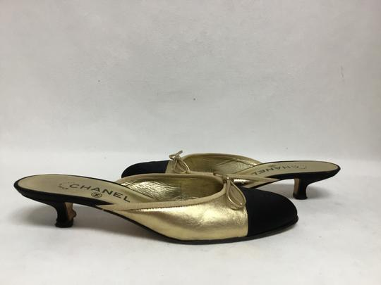 Chanel Gold Flats Image 2