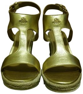 Coach #leather #trendsetting #modern #chic #summer GOLD Wedges