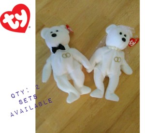 White Final Offer 2 Left Beanie Babies '01 Other