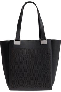 Vince Camuto Tote in nero true blue