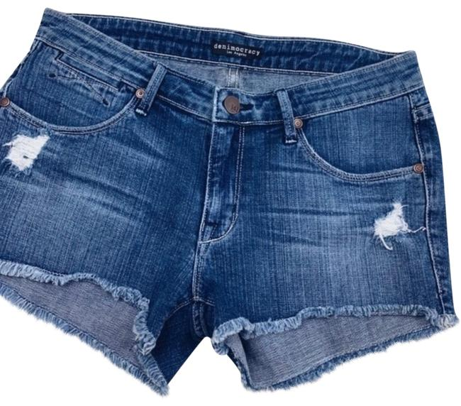 Item - Distressed Jean Shorts Size 6 (S, 28)