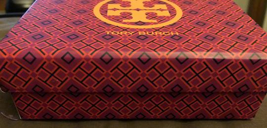 Tory Burch NWOT-COMES IN BEAUTIFUL TB GIFTBOX- Image 8