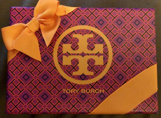 Tory Burch NWOT-COMES IN BEAUTIFUL TB GIFTBOX- Image 9