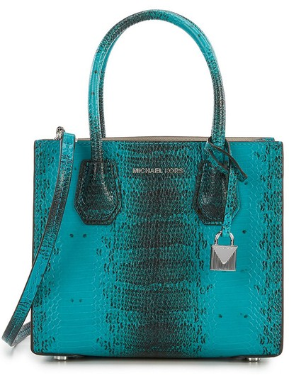 Preload https://img-static.tradesy.com/item/25598567/michael-michael-kors-mercer-pom-pom-key-charm-set-turquoise-calfskin-leather-tote-0-1-540-540.jpg