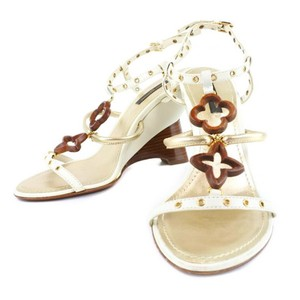 537b3f45937 Louis Vuitton Shoes on Sale - Up to 70% off at Tradesy (Page 2)