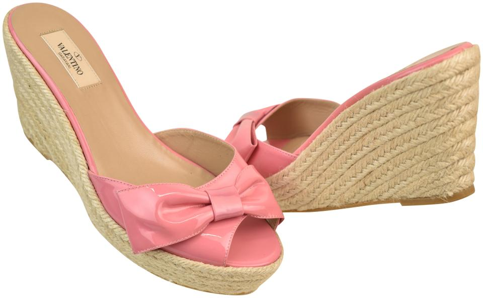 6a9886487bf Valentino Espadrilles - Up to 70% off at Tradesy (Page 3)