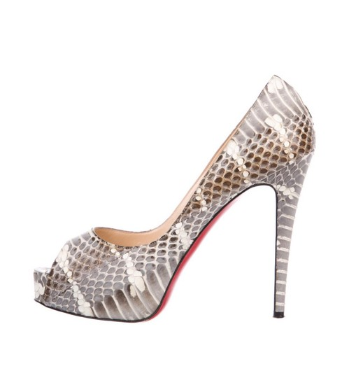 Preload https://img-static.tradesy.com/item/25599939/christian-louboutin-peep-toe-python-pumps-platforms-size-eu-39-approx-us-9-regular-m-b-0-1-540-540.jpg