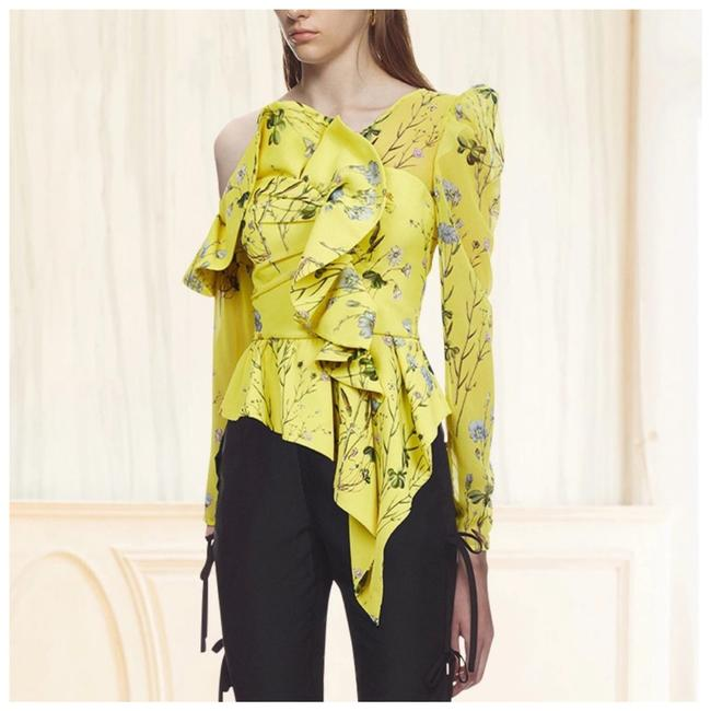 M Signature Label Collection Top Yellow Image 1