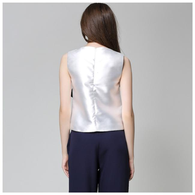 ME Boutiques Private Label Collection Top White & Blue Image 4
