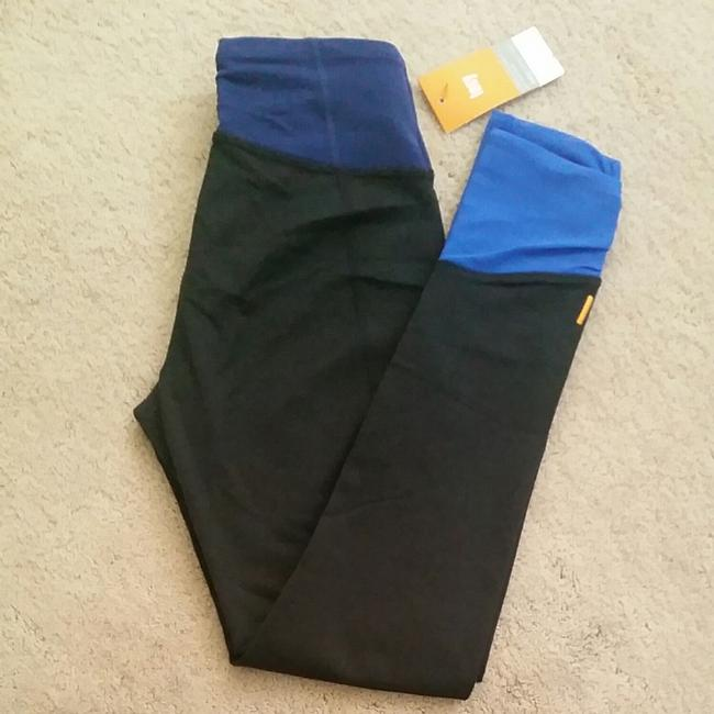 Preload https://item3.tradesy.com/images/lucy-black-with-blue-accents-girl-yoga-activewear-bottoms-size-2-xs-26-25600042-0-0.jpg?width=400&height=650