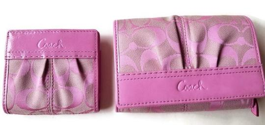 Coach Wallet New Pink Clutch Image 1