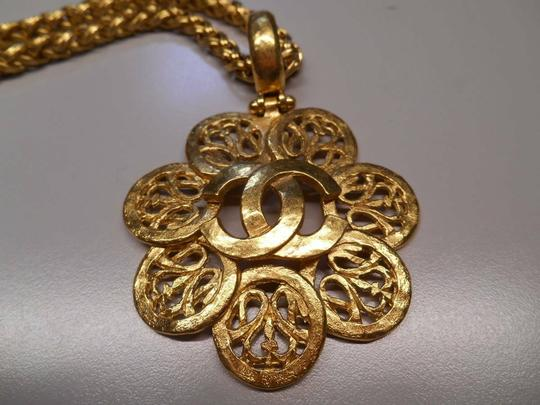 Chanel CHANEL NECKLACED Image 4
