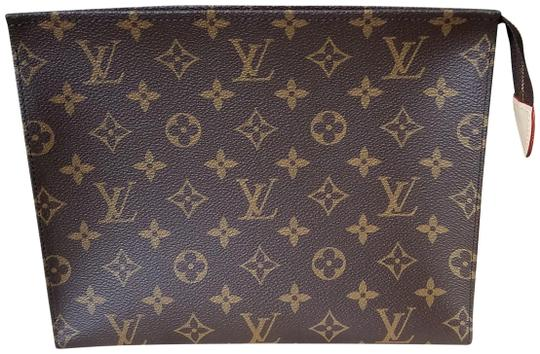 Preload https://img-static.tradesy.com/item/25600537/louis-vuitton-toiletry-pouch-26-brown-canvas-clutch-0-1-540-540.jpg