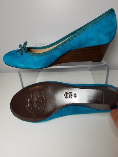 Tory Burch blue turquoise Pumps Image 4