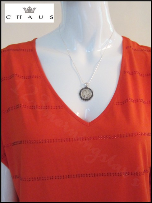 Chaus Crystals At Front V-neck Cap Sleeves Straight Hem Relaxed Silhouette Top Manderin Image 7