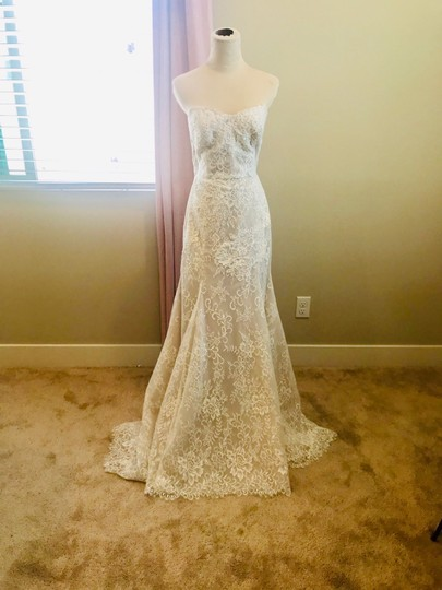 Preload https://img-static.tradesy.com/item/25600698/bliss-by-monique-lhuillier-lace-gown-formal-wedding-dress-size-10-m-0-0-540-540.jpg