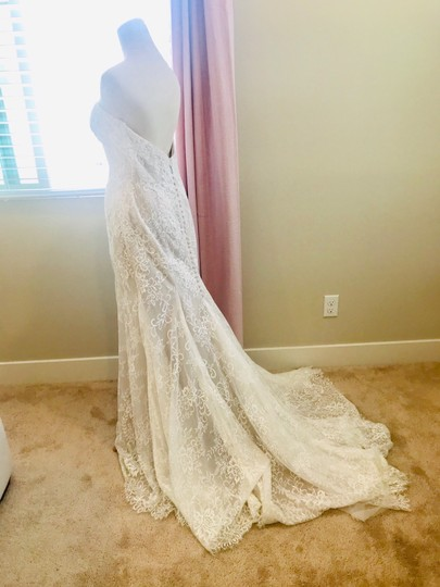 Bliss by Monique Lhuillier Lace Gown Formal Wedding Dress Size 10 (M) Image 2