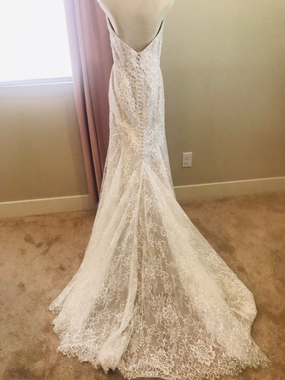 Bliss by Monique Lhuillier Lace Gown Formal Wedding Dress Size 10 (M) Image 3