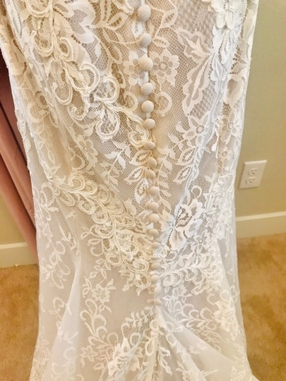 Bliss by Monique Lhuillier Lace Gown Formal Wedding Dress Size 10 (M) Image 4