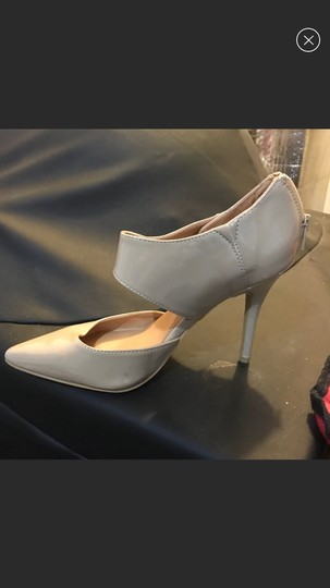 Forever 21 nude Pumps Image 1