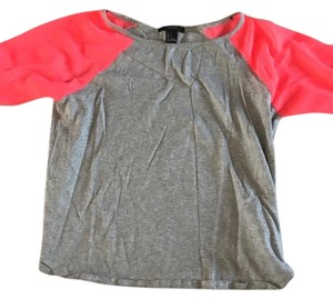 Forever 21 T Shirt grey pink