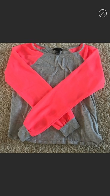Forever 21 T Shirt grey pink Image 2