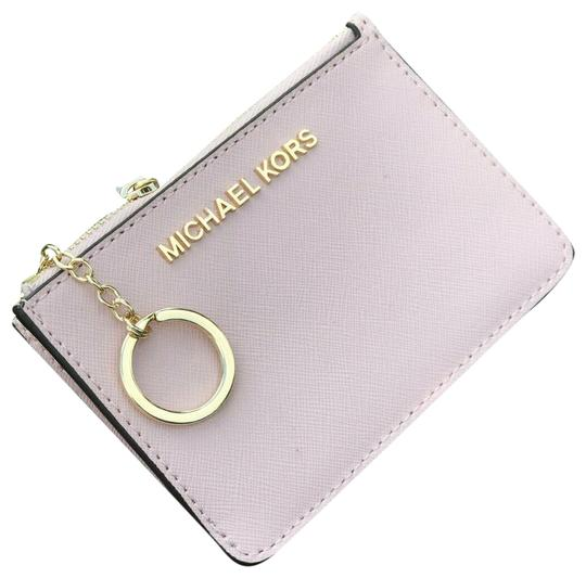 Preload https://img-static.tradesy.com/item/25601381/michael-kors-coin-pouch-wallet-card-id-case-key-chain-holder-blossom-leather-wristlet-0-1-540-540.jpg
