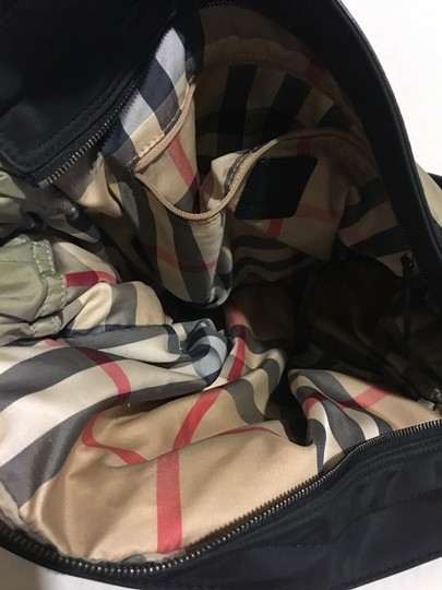 Burberry Tote in beige/ taupe Image 6