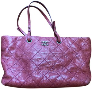 Chanel Leather Silver Hardware Tote in Pink
