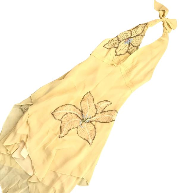 Item - Yellow Silk Floral Embroidered Halter Mid-length Night Out Dress Size 8 (M)