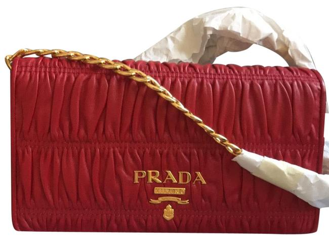 Item - Wallet On A Chain Red Lambskin Leather Clutch