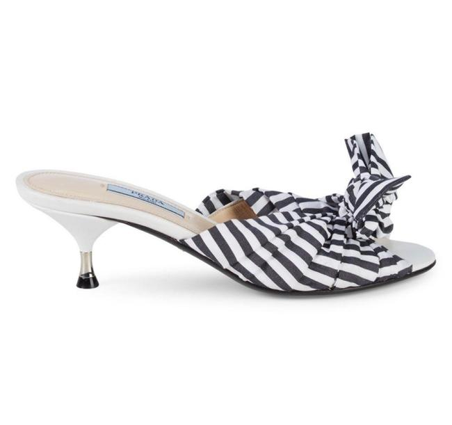 Item - White Striped Bow Kitten Heel Sandals Mules/Slides Size EU 39.5 (Approx. US 9.5) Regular (M, B)