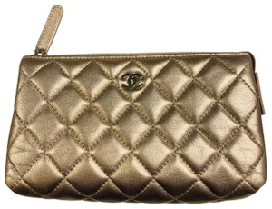 Chanel Iridescent Lambskin Quilted Leather Cosmetic Pouch Makeup Clutch