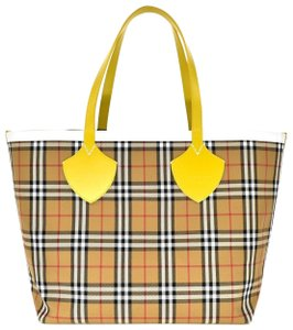 Burberry Beach Shoulder Check Tote in Yellow